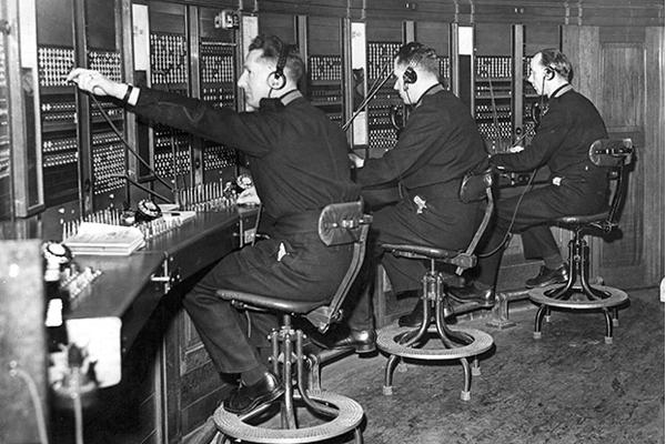 Телефонная станция 20 век